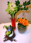 Ostergestecke mit Moos und Frühlingsblumen dekorieren