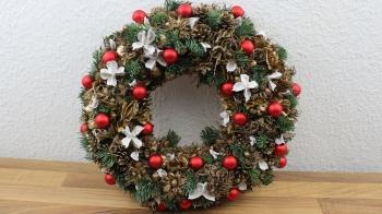 Weihnachtsdeko, Türkranz, Wandkranz für die Adventszeit selber basteln
