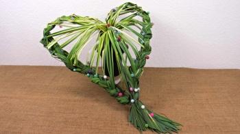 Herbstdeko Herz aus Blätter flechten ❁ Floristik Anleitung