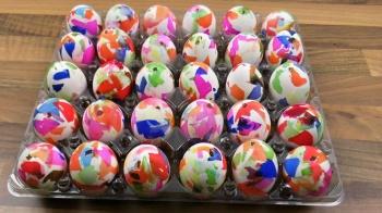 Ostereier mit Krepppapier färben ❁ Deko Ideen mit Flora-Shop