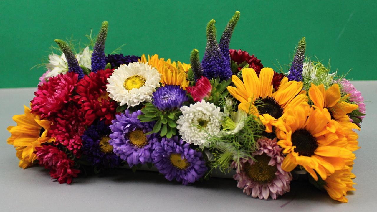 Floristik Video Anleitung Steckschale ❁ Blumenfries mit Gartenblumen